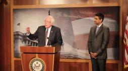Sanders, Khanna Introduce Bill to Get Billionaires Off Welfare