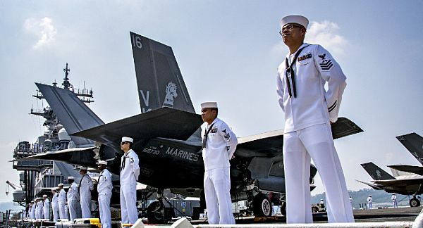 USS Wasp, Marines Arrive in the Philippines for Balikatan Exercise