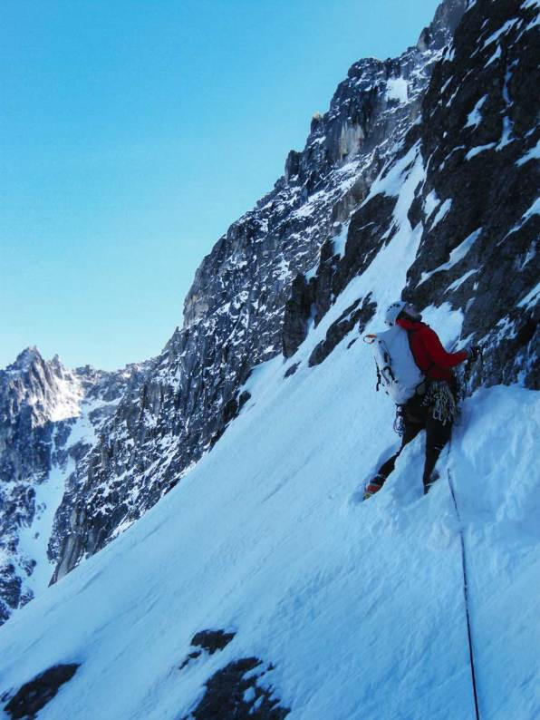 Colin snow traverse on Dragontail