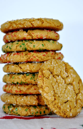molasses-cookies-stacked