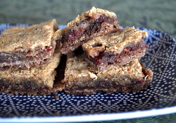 raspberry-chocolate-almond-bars