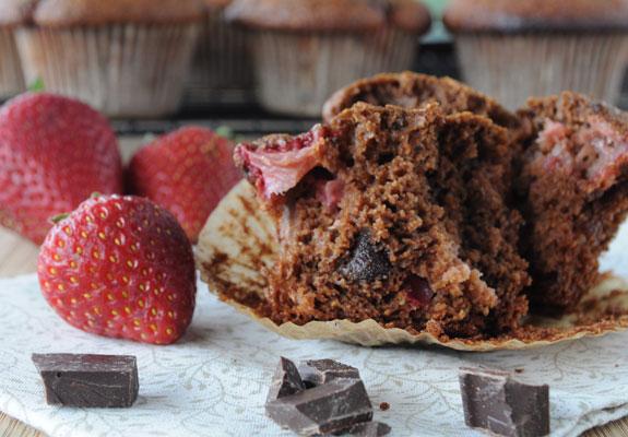 chocolate-chocolate-strawberry-muffins