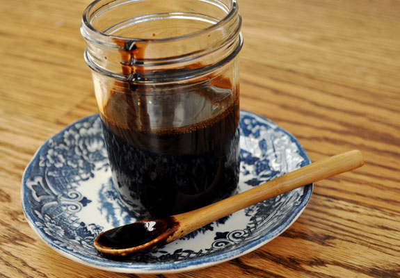 how-to-make-reduced-balsamic-glaze