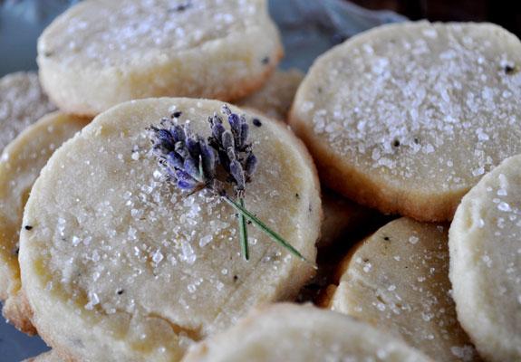lavender-shortbread-cookies