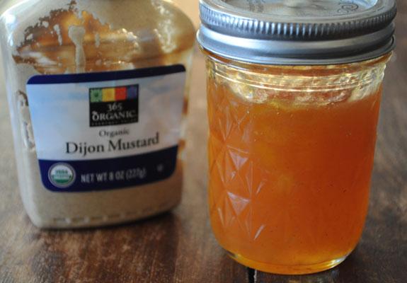 dijon-mustard-peach-preserves-sauce-3