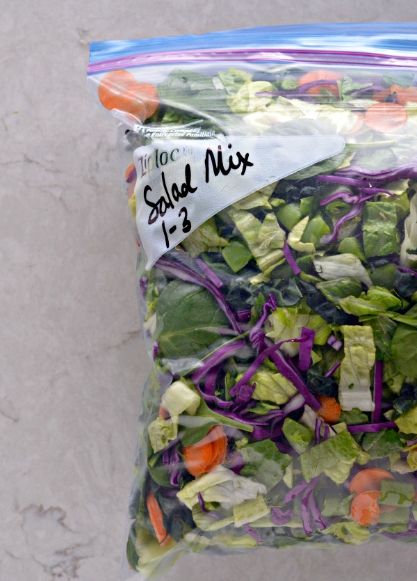 DIY Organic Salad Mix | mountainmamacooks.com