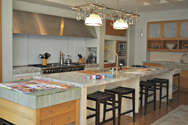Better Homes & Gardens Entertaining Kitchen, www.mountainmamacooks.com