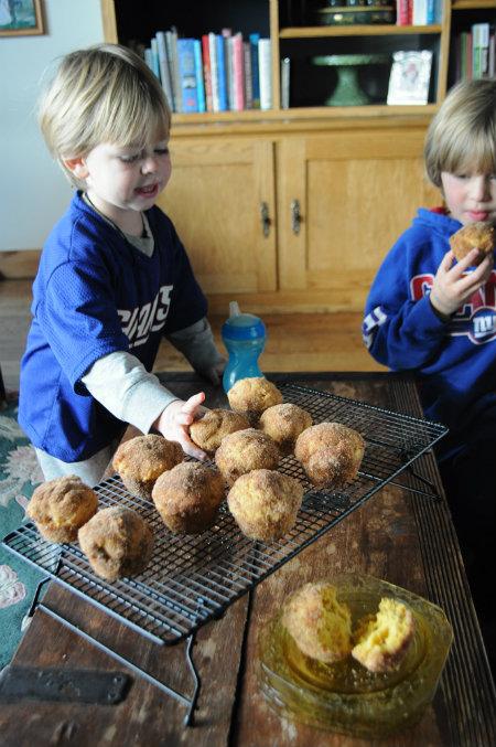Football Sunday-Giants Football-Pumpkin Muffins, www.mountainmamacooks.com