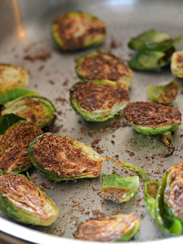 8 minute brussels sprouts recipe, www.mountainmamacooks
