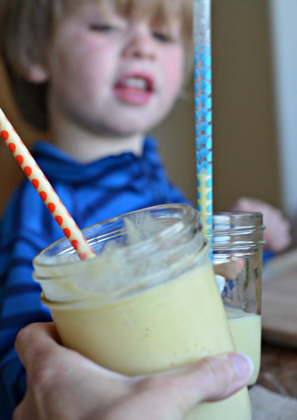 Dairy Free, Vegan Coconut Mango Smoothie, www.mountainmamacooks.com