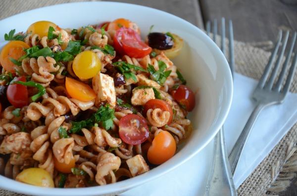 Sun Dried Tomato Pasta Salad, www.mountainmamacooks.com