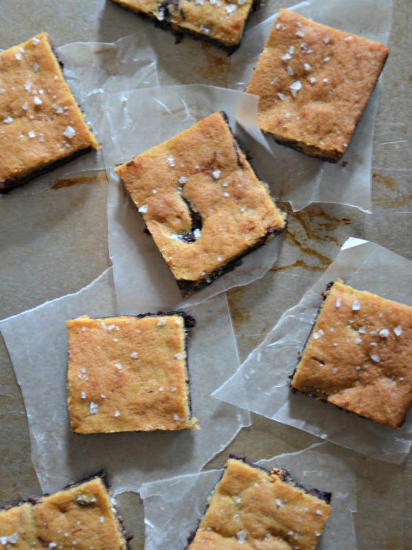 Brownie + Cookie Bars = Crownies, www.mountainmamacooks.com