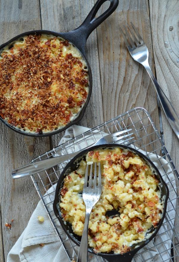 Roasted Garlic Mac & Cheese, www.mountainmamacooks.com
