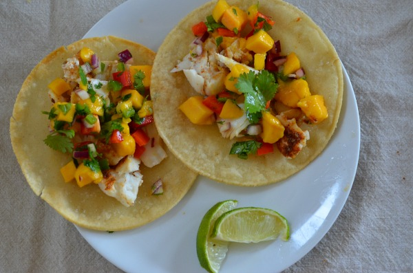 Baked Fish Tacos with Mango Salsa | mountainmamacooks.com