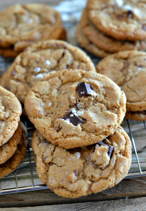 Brown Butter Espresso Chocolate Chunk Cookies | mountainmamacooks.com