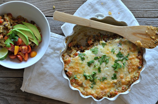Black Bean & Veggie Taco Quinoa Bake | mountainmamacooks.com #glutenfree #TacoTuesday