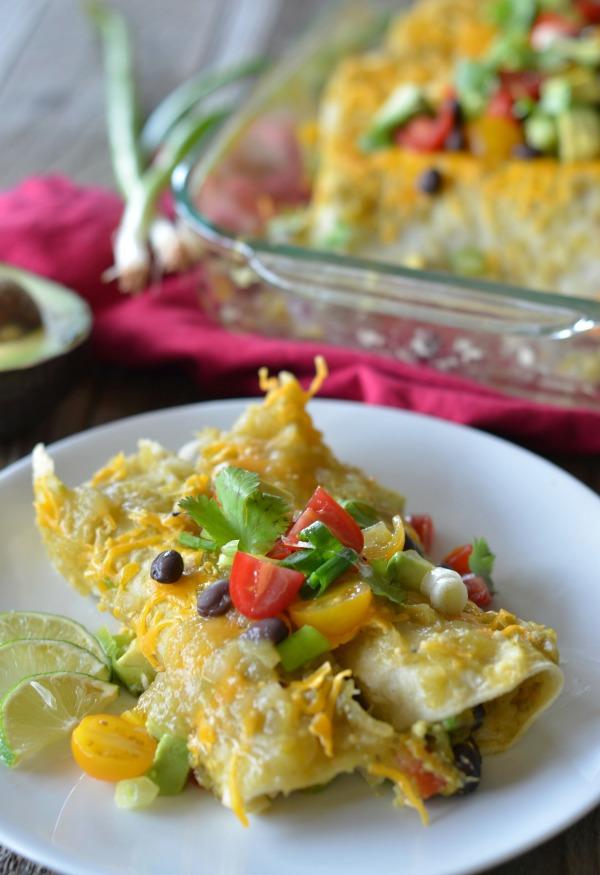 Avocado Enchiladas | mountainmamacooks.com #TacoTuesday