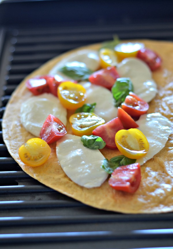Grilled Caprese Quesadilla | mountainmamacooks.com | #TacoTuesday