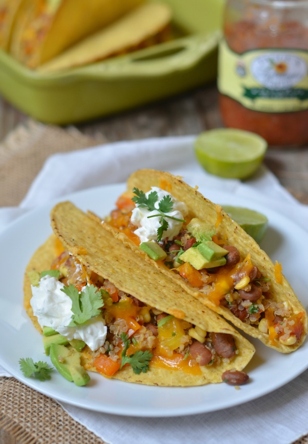 Baked Quinoa and Veggie Tacos | mountainmamacooks.com #TacoTuesday