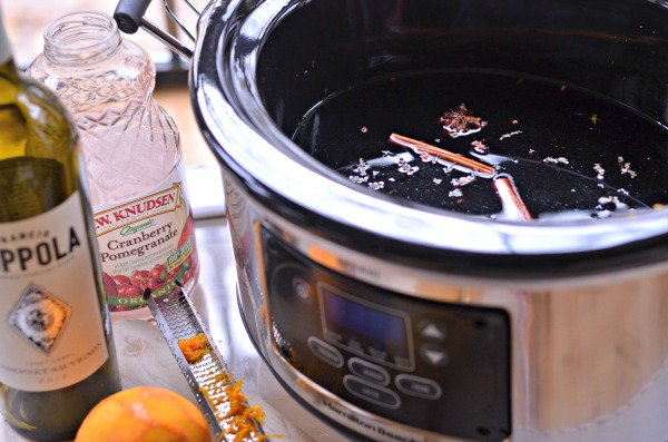 Slow Cooker Mulled Wine Recipe | mountainmamacooks.com