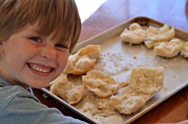 Easy Homemade Bread Crumbs | mountainmamacooks.com