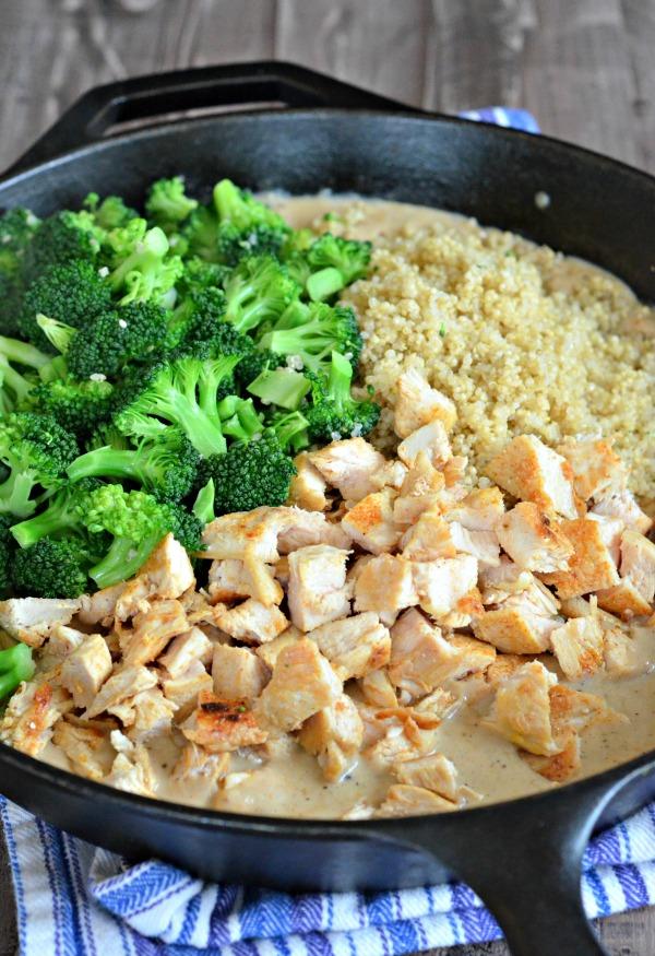 Chicken Broccoli Quinoa Casserole | mountainmamacooks.com