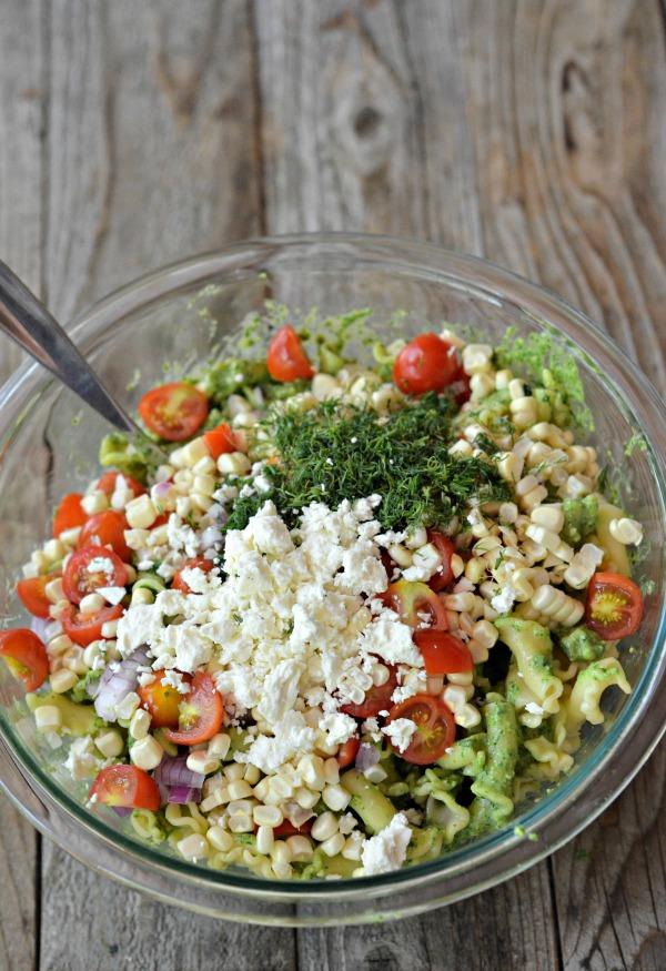 Spinach Pesto Pasta Salad | mountainmamacooks.com