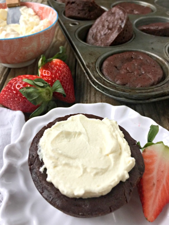 recipe: flourless cupcakes [28]