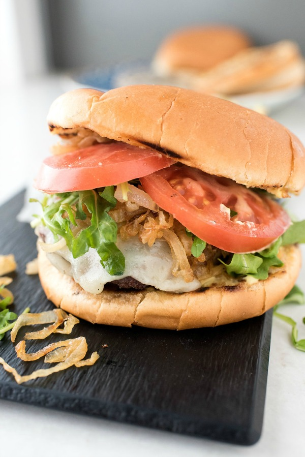 Garlic Bread Cheeseburgers with Wisconsin Mozzarella | mountainmamacooks.com