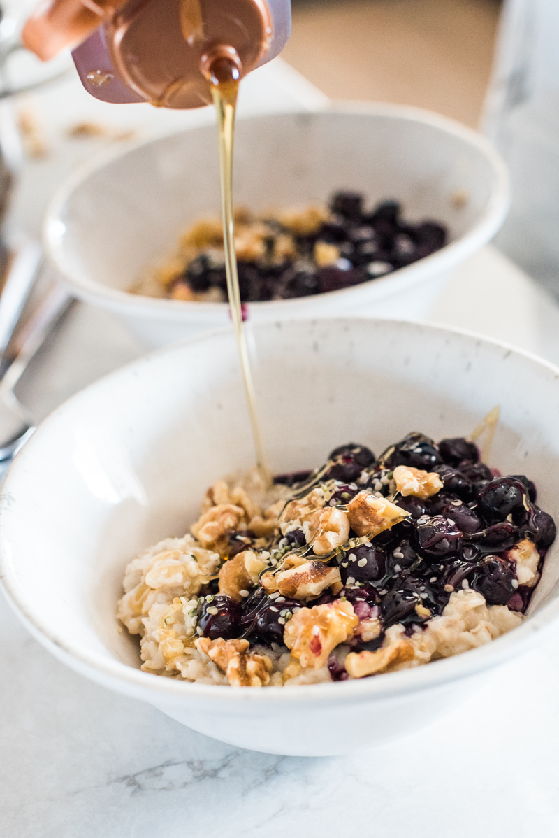 Blueberry Oatmeal | www.mountainmamacooks.com