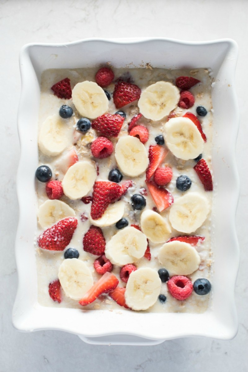 Triple Berry Banana Baked Oatmeal | www.mountainmamacooks.com