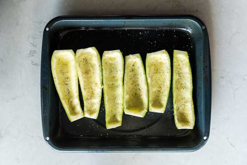 Italian Zucchini Boats with Turkey Sausage | www.mountainmamacooks.com
