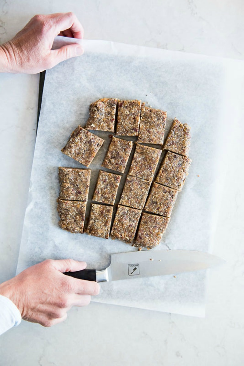 Adventure Bars aka Homemade Lara Bars | www.mountainmamacooks.com
