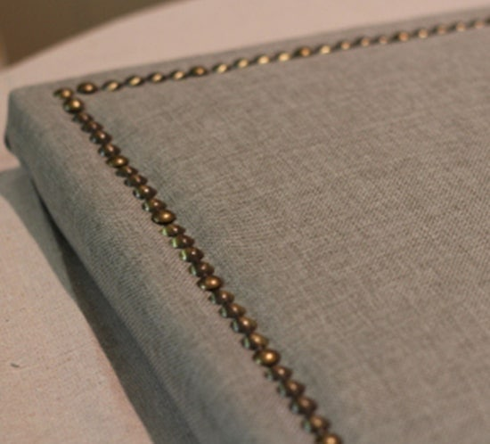 DIY Upholstered headboard - Upcycled Treasures