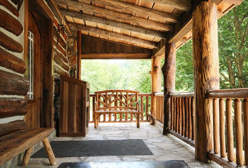 memory-mountain-cabin-wedding-vacation-rental-north-carolina-mountainmodernlife.com-08