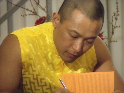 Sakyong Mipham Rinpoche Signing Books