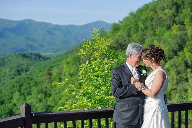 15-mountain-view-hawkesdene-mountain-wedding-Torrence-Photography