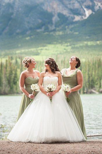 bride and bridesmaids   Pyramid Lake wedding   Jarusha Brown Photography
