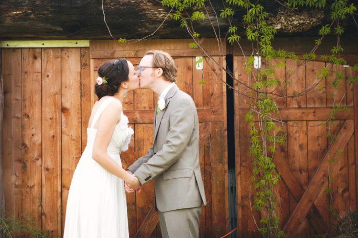 20 Sandpoint Idaho Mountain Wedding Amy Galbraith Photography   Via MountainsideBride.com