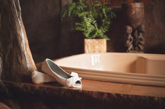 3 Flat Weddning Shoes Sandpoint Idaho Mountain Wedding Amy Galbraith Photography   Via MountainsideBride.com