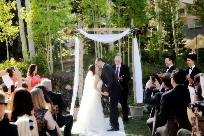 16 Deer Valley Resort Wedding Logan Walker Photography | MountainsideBride.com