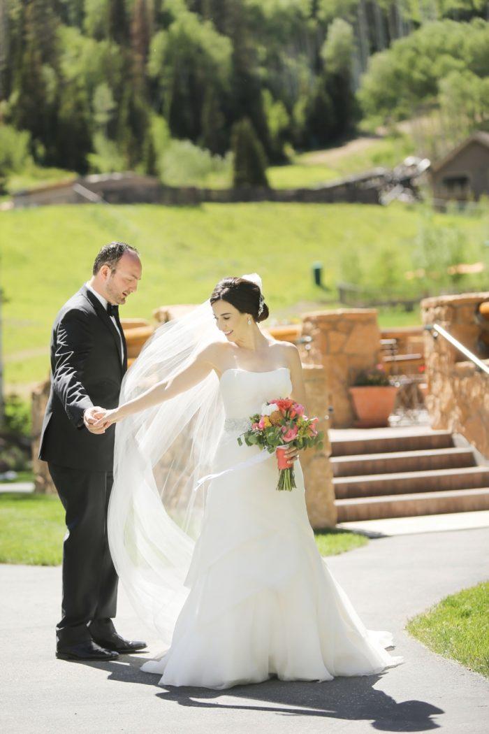 8 Deer Valley Resort Wedding Logan Walker Photography | MountainsideBride.com