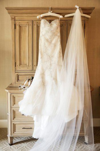 Wedding Gown | Elegant Park City Wedding St Regis Logan Walker Photography | Via MountainsideBride.com