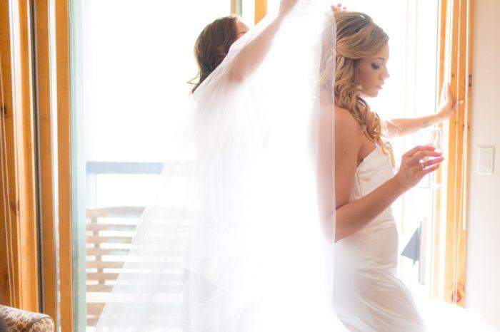 4 Getting Ready Bride | Keystone Colorado Wedding Mathew Irving Photography | Via MountainsideBride.com