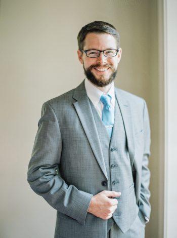 Groom In Grey Suit With Blue Tie | Mountain Wedding In Barboursville Virginia By JoPhoto | Via MountainsideBride.com