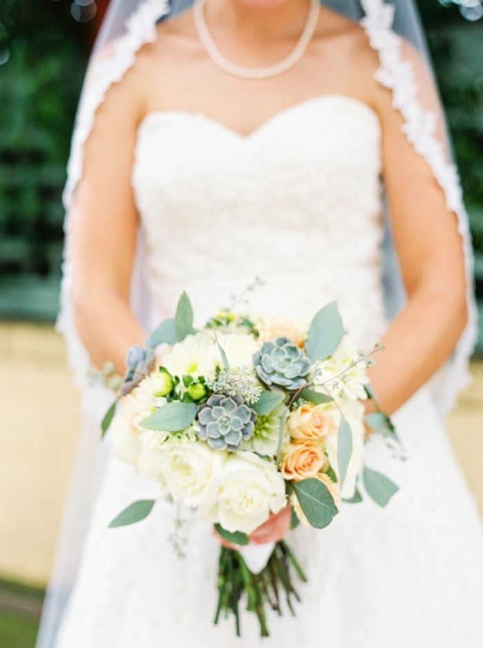 White And Peach Bouquet | Mountain Wedding In Barboursville Virginia By JoPhoto | Via MountainsideBride.com