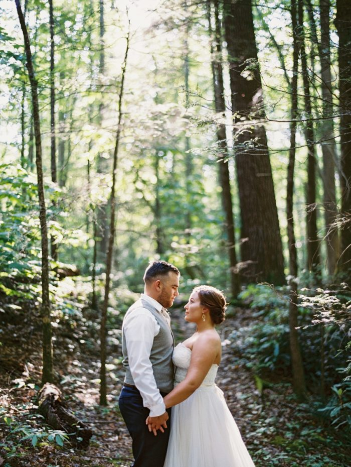 18 Spence Cabin Rennessee Wedding Johoho Via Mountainsidebride Com