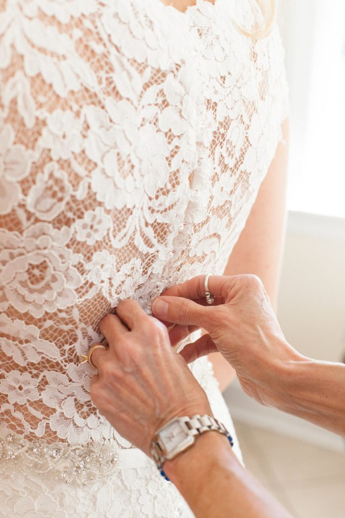 5 Lace Gown Daras Garden Tennessee Wedding Jophoto Via Mountainsidebride Com