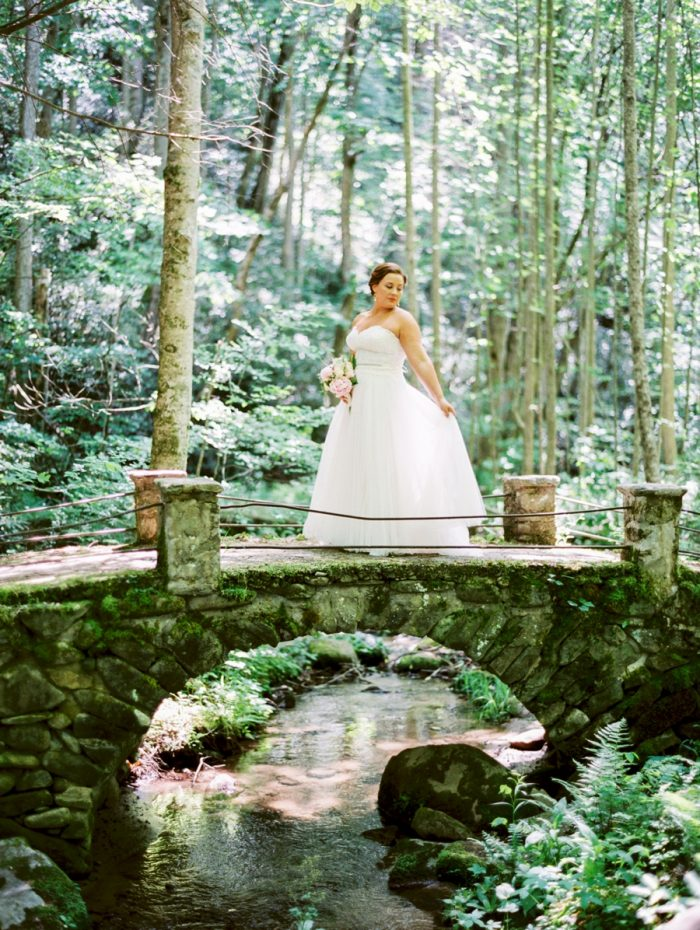 9 Spence Cabin Rennessee Wedding Johoho Via Mountainsidebride Com