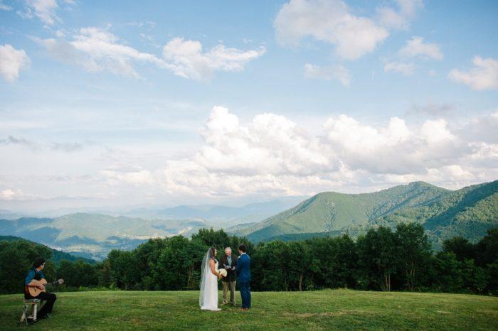 10 Swag Inn Smoky Mountain Elopement Jophotos Via Mountainsidebride Com